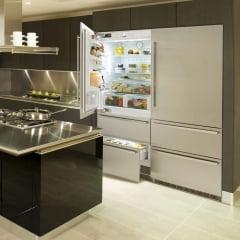 Refrigerador de Embutir Porta Revertível 1104 L LIEBHERR 127 V