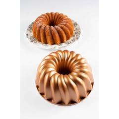 FORMA PARA BOLO MARISSA LOUNINA EM ALUMÍNIO FUNDIDO COM ANTIADERENTE CLASSIC CAKE PAN BRONZE 24CM 2,1 LITROS